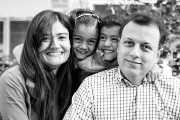 fotografia familiar, fotoestudios de familia medellin, estudios familiares medellin, fotos familiares originales, fotografia familiar colombia, fotografia de familias, fotografia familiar pereira, fotos familiares pereira, mas que 1000 palabras, mas que mil palabras, fotografos