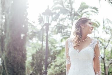 fotografia de matrimonios en medellin, fotografia de bodas, mas que 1000 palabras, mas que mil palabras, museo el castillo, videos de bodas en medellin, videos de matrimonios, fotógrafos, videógrafos
